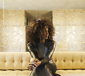 "Kandace Springs ist zurück mit einer neuen Single. Pointer zeigt dir das Musikvideo zu ""Don′t Need The Real Thing"" (Foto: Jeff Forney)"