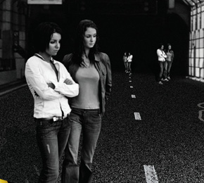 "t.A.T.u. – ""Dangerous And Moving""  (Universal)"